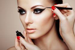 Ketika Cewek Bisa Memanfaatkan Kekuatan Make Up Seutuhnya, Maka Ilusi Inilah yang Tersaji di Mata Cowok