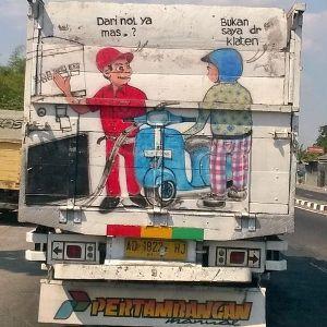 #2 KLATEN Tak hanya meme digital saja yang dibuat dengan terinspirasi dari tagline dimulai dari nol. Ternyata dibuat meme pada truk. infospesial.net