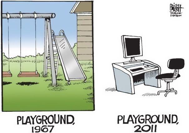 Nah, coba bayangin taman bermain dulu dan sekarang. Can you find the differences?