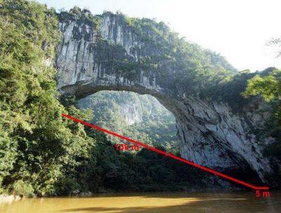 Jembatan-Jembatan Buatan Alam Yang Mengagumkan dan Luar Biasa Indah!