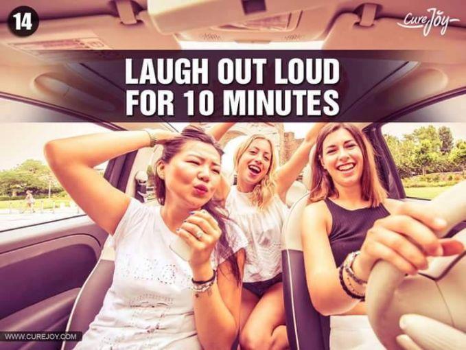 #14 TERTAWA 10 MENIT Jika harimu kurang baik dan melelahkan, mungkin kliklinker perlu hiburan. Cara ini sederhana yaitu tertawa terbahak-bahak selama 10 menit. Hal ini akan membuatmu terasa bahagia dan otot-otot wajahmu menjadi berfungsi kembali.