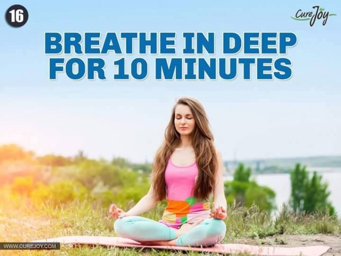 #16 NAPAS DALAM SELAMA 10 MENIT Untuk melatih pernapasan juga tidak dilakukan dengan cara yang instan. Tarik napas dalam-dalam dan hembuskan pelan-pelan selama 10 menit, itu akan membuat pernapasanmu menjadi sehat.