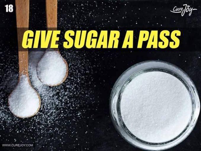 #18 KONSUMSI GULA SECUKUPNYA Gula juga baik untuk kesehatan jika dalam takaran yang pas untuk tubuh. Bahkan sekarang ada berbagai macam produk dengan low sugar untuk menghindari penyakit diabetes.