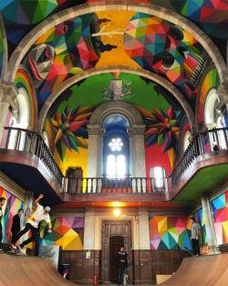 Ide Kreatif Mengubah Sebuah Gedung Gereja Tua Yang Terbengkalai Dan Dijadikan Arena Skateboard