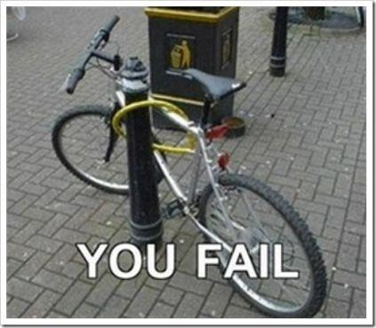 pelajaran apa yang bisa dipetik? yah.. kalo mau ngunci sepedanya mending yang lebih cerdas deh..
