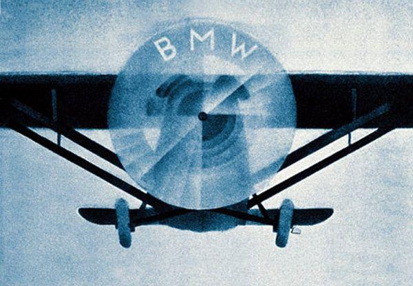 BMW Siapa yang tidak familiar dengan mobil mewah pabrikan Eropa ini. Ternyata awal mula perusahaan ini hanya memproduksi mesin pesawat.