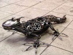 KEREEENN karya seni dari limbah spare parts