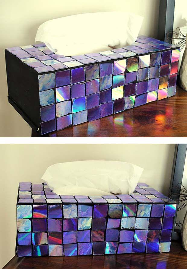 potongan cd bisa dipotong bentuk persegi dan ditempelin ke tempat tisu biar unik!
