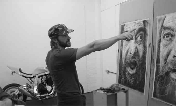 kenalan ama doi, Douglas McDougall! ayo para seniman indonesia berbakat, jangan mau kalah ya!