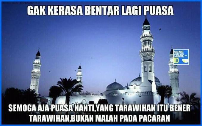 Selain terawih di masjid memang sering banget ada yang namanya cinlok di masjid. Apa kamu juga pernah merasakannya Pulsker?