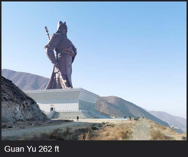kalo ini adalah patung seorang jenderal besar di china..
