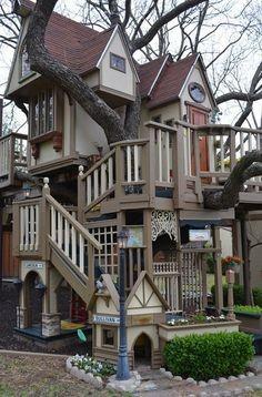 berikut adalah desain yang sering dipakai oleh penghuni rumah pohon di amerika
