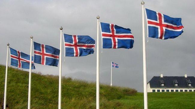 1. Islandia Di Islandia, tembakau memiliki ruang khusus lo. Islandia termasuk salah satu negara yang getol banget mengkampanyekan bebas asap rokok.