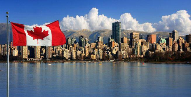 6. Kanada Akhir-akhir ini, Kanada menjadi negara bebas asap rokok. Nggak heran sampai sekarang, banyak wisatawan yang datang ke Kanada untuk mencari udara segar. Hm, pasti segar banget udara disana..
