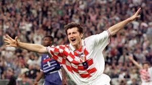 Davor Suker Pemain timnas kroasia ini harus membayar 258.592 euro setelah menghindari pajak terkait hak citra pada tahun 1998