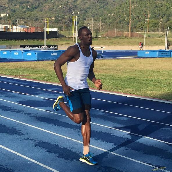Bolt ga pernah berlari satu mil (1.609 meter) penuh. Dia benar-benar menikmati jarak pendek.