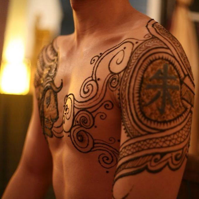 Menna Seni Tato Henna Untuk Pria