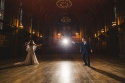 Pasangan Ini Menikah dengan Tema Harry Potter, Potterhead Pasti Ngiri!