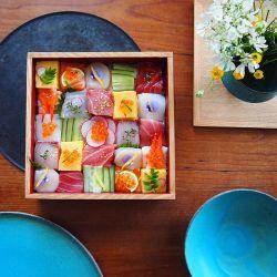 Sushi Mosaic, Trend Makan Sushi Kotak di Jepang