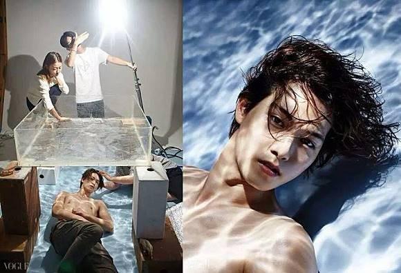 Oowwhh..ternyata ini caranya bikin foto seseorang yang menyelam didalam air tanpa alat bantu. Bisa kamu tiru nih Pulsker!