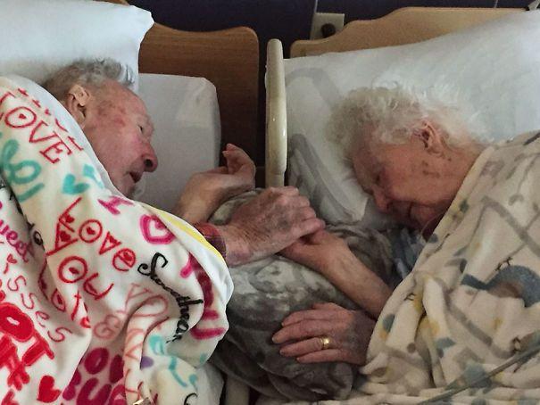14 Pasangan Kakek Nenek Ini Membuktikan Cinta Sejati Itu Ada