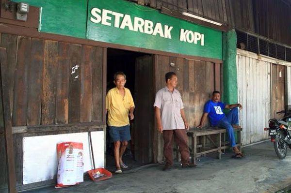 Tahu merek kopi terkenal dunia starbuck kan Pulsker? Ini lho yang made in Indonseia..Setarbak kopi.