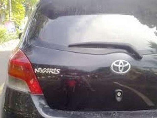 Lain lagi dengan mobil Toyota ini nih. Nama sebenarnya sih Yaris pulsker. Tapi ya dasar namanya orang iseng, nama udah bagus-bagus begitu masih saja ditambahin satu huruf di depannya. Kan jadi Nyaris nih, emang nyaris apaan ya pulsker?.