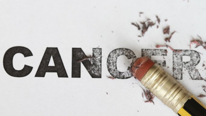 4. Menyebabkan kanker Ini yang paling ngeri Pulsker, makan mie instan terlalu berlebihan bisa menyebabkan penyakit kanker karena mie instan mengandung banyak zat pengawet yang bisa menyebabkan kanker. (Gambar : palingseru.com)