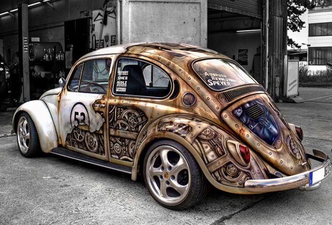 VW Beetle ini digambar seolah-olah mesinnya terlihat, keren!