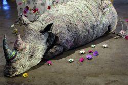 Seniman Jepang Ini menyulap Koran Bekas Jadi Kreasi Patung Hewan yang Unik Lho