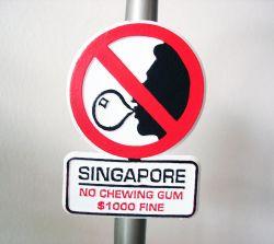8 Negara Ini Memiliki Peraturan Hukum yang Sangat Konyol dan Aneh Lho, Apa Saja Ya?