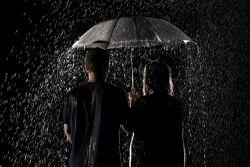 Jangan Membenci Hujan, Karena Hujan Banyak Mengajarkan 9 Filosofi Hidup Ini Pada Kita
