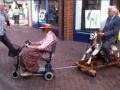 Kumpulan Potret Pasangan Lansia Yang Punya Selera Humor Tinggi