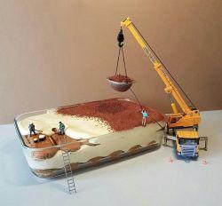 Chef Ini Membuat Miniatur Kegiatan Di Sekitar Kita Menggunakan Kue dan Cemilan