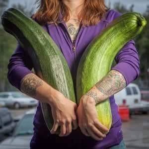 Hmm, jangan gagal fokus pulsker. Fokuskan mata dan pikiran kalian ke sayurnya bukan yang lain lho ya. Awas kalau kalian macem-macem mikirnya.