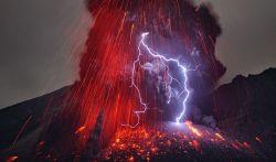 Foto-foto Mengagumkan Bencana dan Fenomena Alam