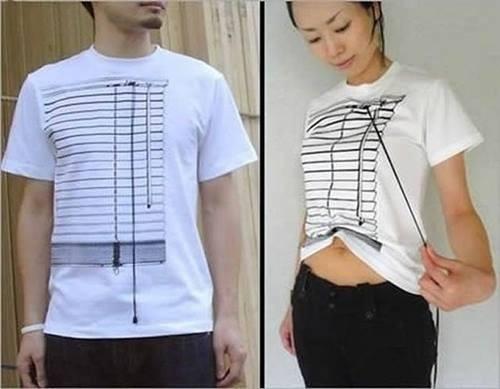 Keren banget kan baju ini? Gambarnya mirip sama korden yang bisa ditarik. Cara kerjanya juga sama lho Pulsker, ada tali yang bisa ditarik menyerupai korden. Tapi belinya dimana ya?