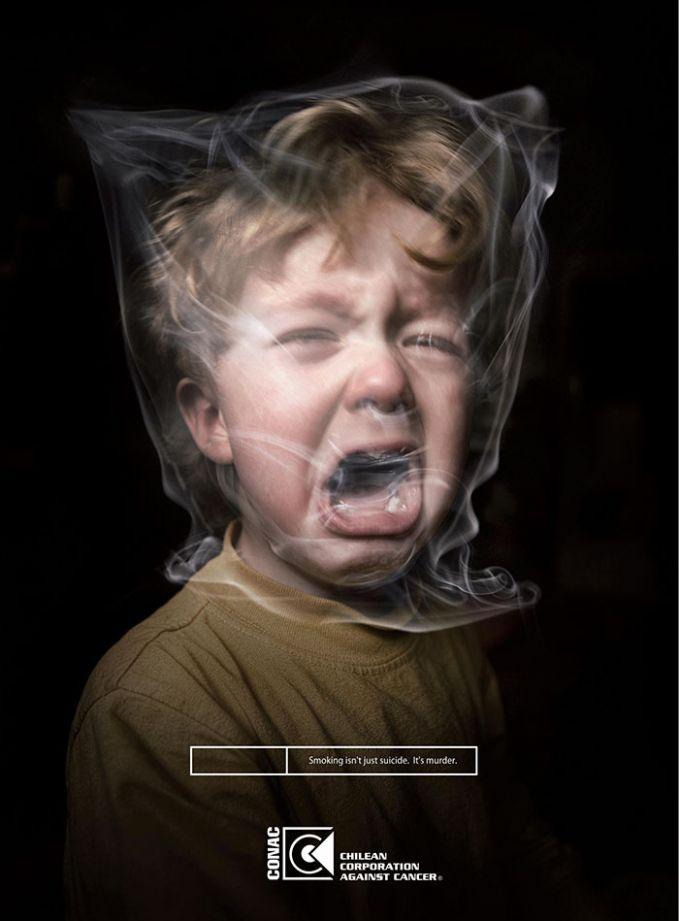 Asap rokok juga berbahaya bagi kesehatan anak. Karena anak-anak paling rentan dan mudah terkena dampak negatif rokok. Ilustrasi ini memperlihatkan asap rokok bisa membuat gangguan pernafasan bagi anak dan membuat mereka susah nafas lho.
