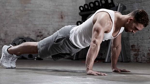 Ingin hasil yang lebih maksimal?, lakukan latihan kekuatan pulsker. Jogging di malam hari memang cara baik untuk membakar kalori. Jangan lupa ikuti dengan latihan kekuatan, kita terus membakar lemak setelah olahraga. Agar maksimal pembakaran itu, latihan itu harus meliputi seluruh massa otot. Begitu kata Lean Kravitz, koordinator program ilmu olahraga dari University of New Mexico. Latihan itu meliputi panjat dinding, push up, dan lunge.