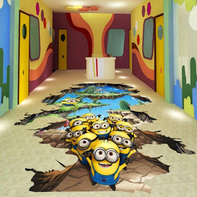Sekumpulan minion seolah-olah keluar dari dalam lantai. Lucu kan minionnya pulsker?
