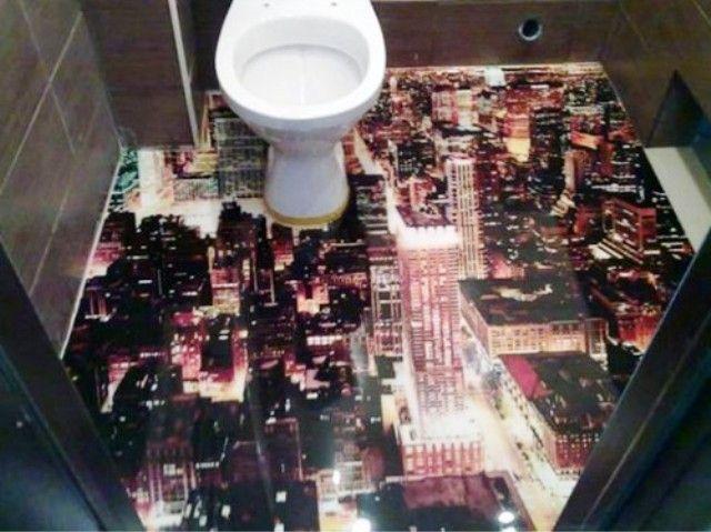 Gimana ya kalau ada toilet dibawahnya ada kota?