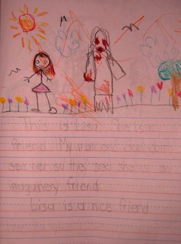 Anak yang menggambar foto ini bercerita jika sosok yang ada disampingnya adalah temannya. Anak kecil emang nggak bisa bohong, tapi siapakah sosok wanita dengan penuh darah ini?