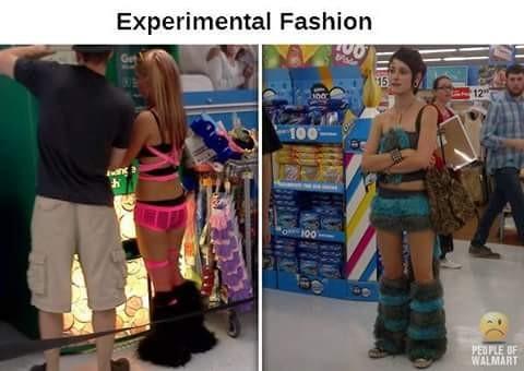 Gimana ya pulsker kalau jalan sama pacar ke mall tapi pacar kalian pakai baju yang kayak gini?. Dibilang malu ya malu, tapi gimana lagi.