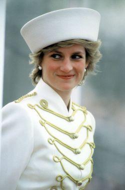 8 Tips Rahasia Menjaga Kecantikan ala Putri Diana yang Wanita Harus Tahu