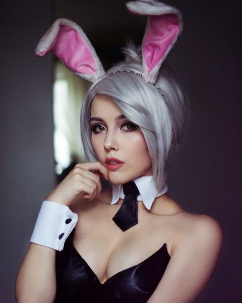 Pulsker mengira ini icon playboy? Salah. Ini tokoh dalam video game League of Legends.
