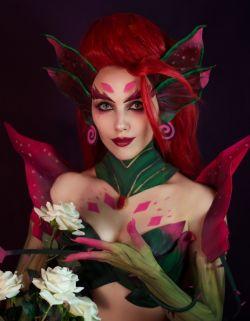 Cosplayer Cantik yang Jago Tirukan Banyak Tokoh. Kostum dan Make Up nya Niat Banget Dah!