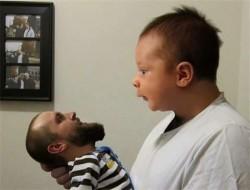 Begini Jadinya Jika Wajah Orang Tua Bertukar dengan Anak Balitanya, 10 Foto Manipulasi Lainnya Juga Tak Kalah Lucunya !