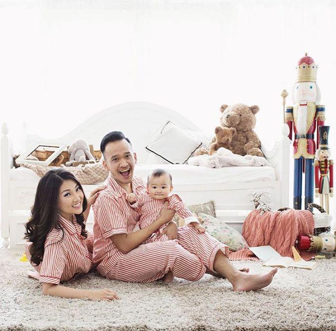 Walaupun ruben memiliki jadwal yang sibuk tapi keluarga ruben sukses bikin keluarga yang lain iri dengan keharmonisan keluarganya.