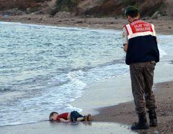 10 Foto Tragis dan Menyedihkan Ini Pernah Membuka Mata Dunia!
