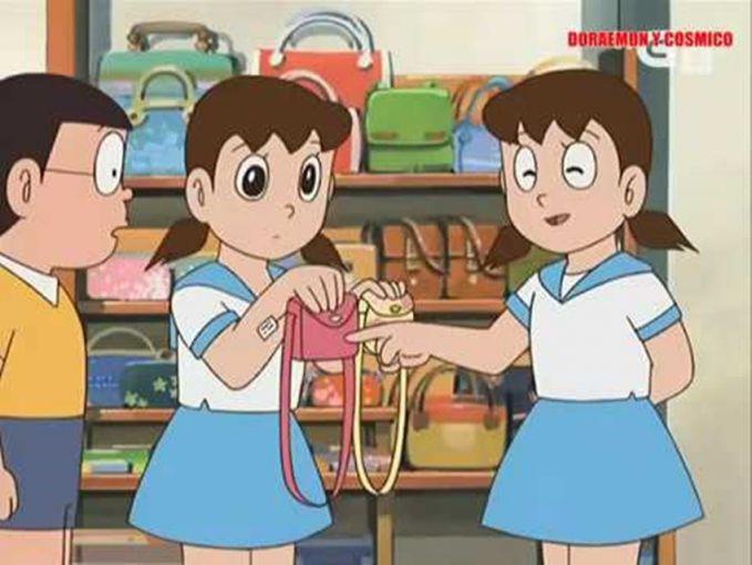 Lho kok ada dua? Entah episode yang mana, ini saat Sizuka memakai seragam model sailor.